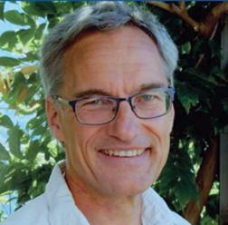 Dr. med. Johannes Naumann